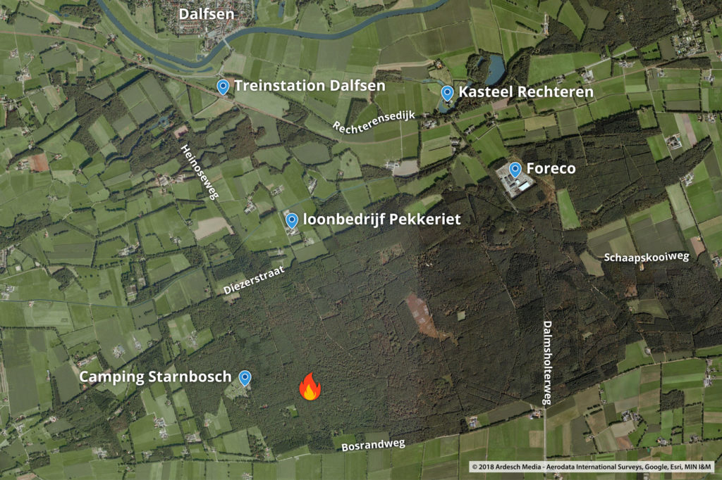 De exacte locatie van de brand ten opzichte van de camping.